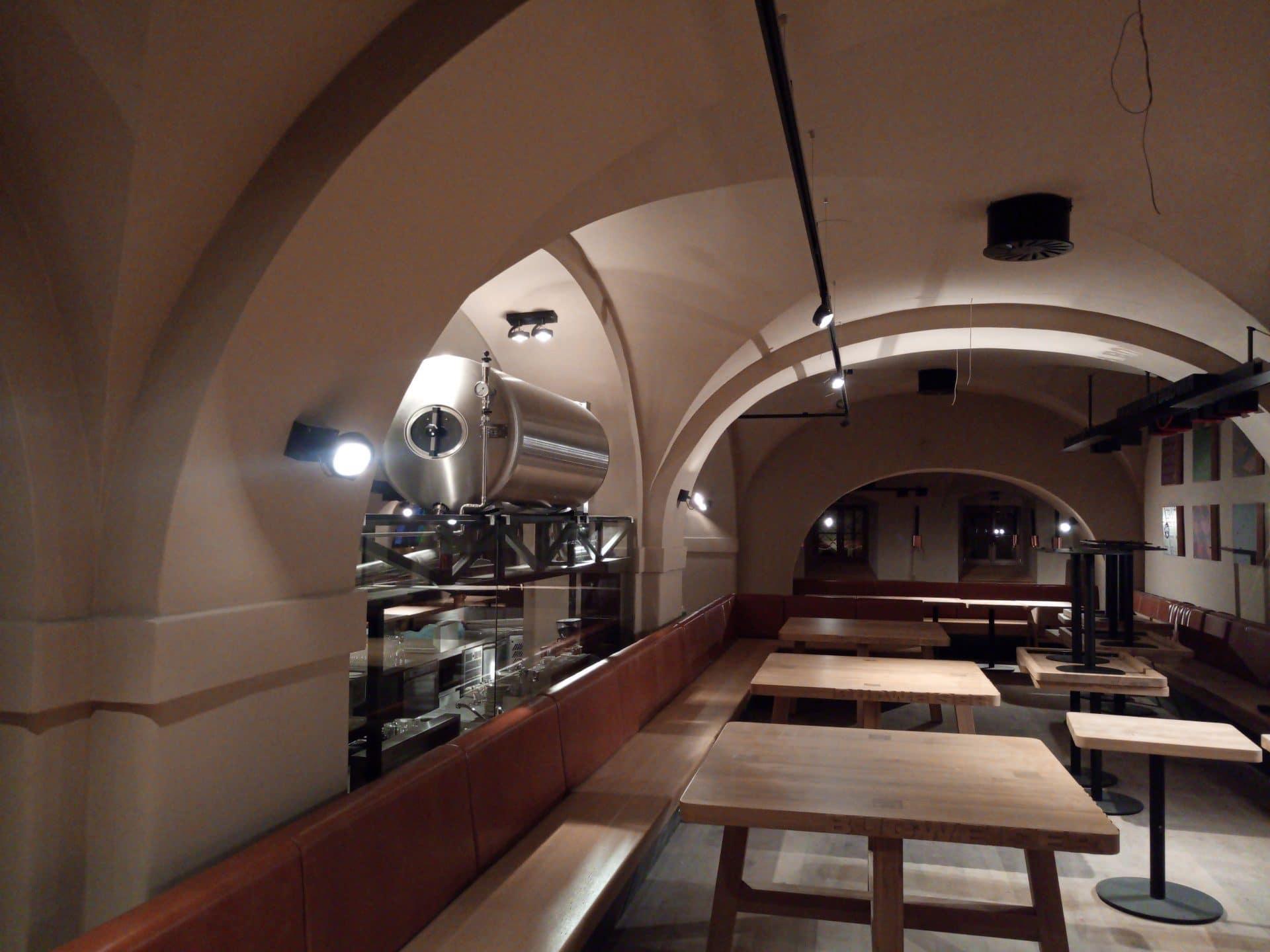 Nové osvětlení restaurace Budvarka